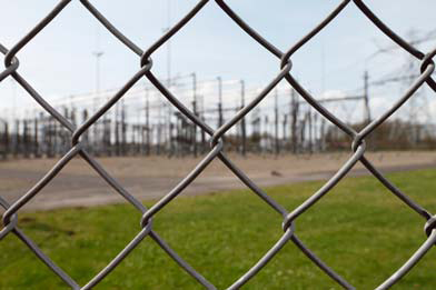 Physical Security Threats and the U.S. Power Grid